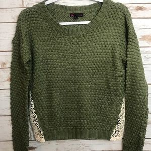 T/O Cable Sweater Lace Sides Long Sleeves Sweater